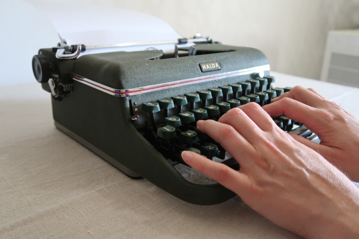 Skrivmaskin